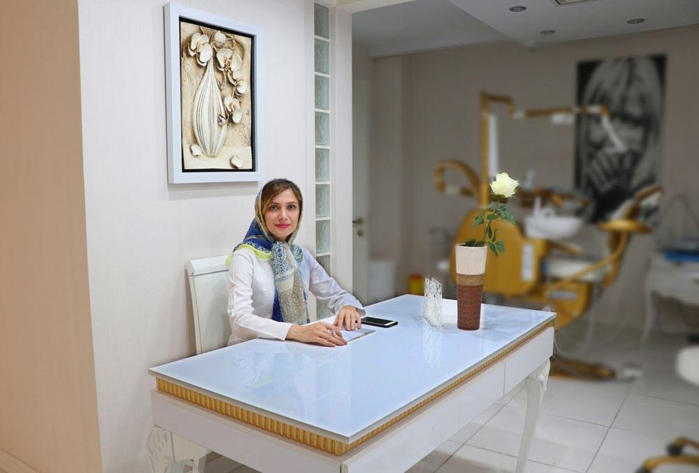 دکتر مریم محمدی متخصص ترمیمی و زیبایی دندان